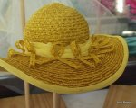 4-yellow hat-001